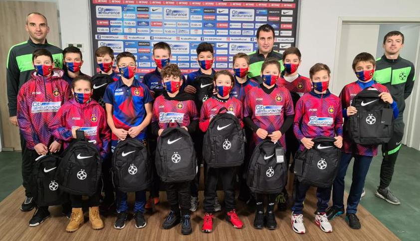 Santa came to the young players of FCSB!