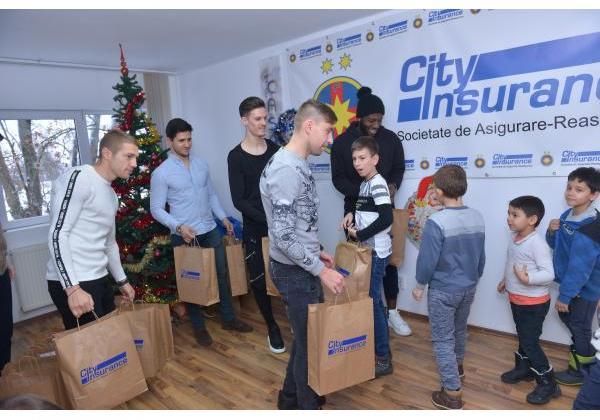 Christmas presents at Casa Speranței!