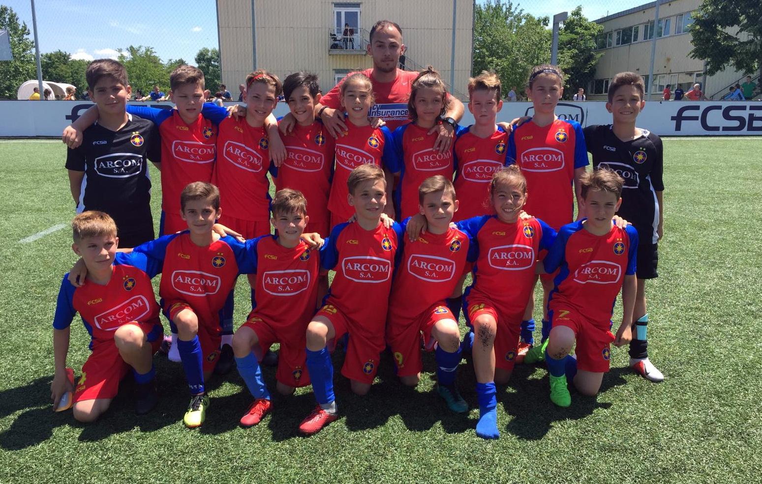 Roș-albaștrii, în semifinalele naționale!
