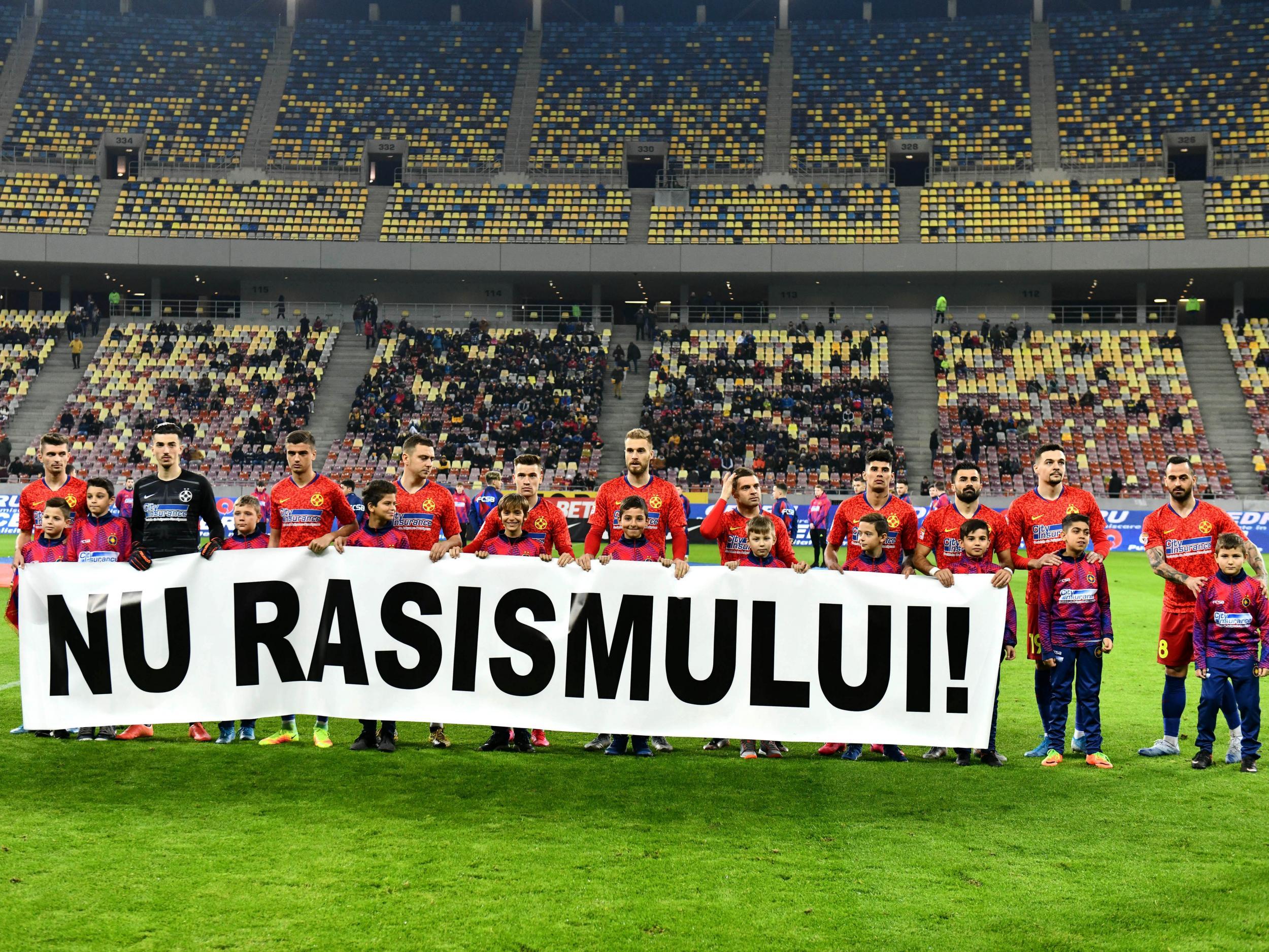 FCSB spune NU rasismului!>