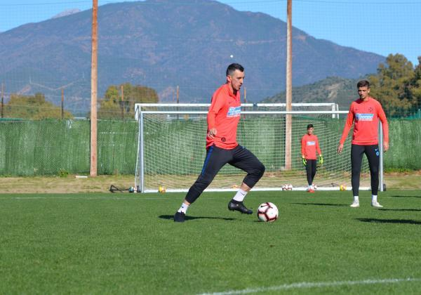 First training session for Ioan Hora!